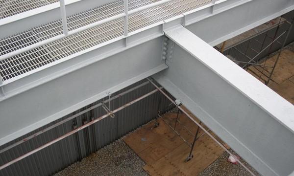Farba antykorozyjna do konstrukcji stalowych