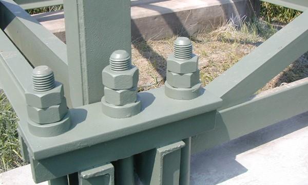 Farba do słupów metalowych wysokiego napięcia