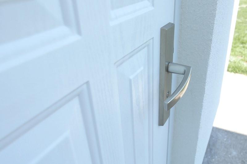 Farba do drzwi zewnętrznych poliuretanowa