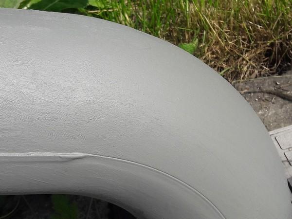 Rynna pomalowana farbą antykorozyjną Metal Unicoat