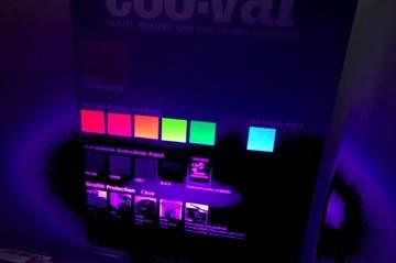 Farba świecąca w UV