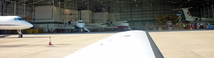 Posadzka epoksydowa do hangarów