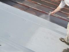 Malowanie pokryć dachowych