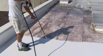 Naprawa dachów przemysłowych