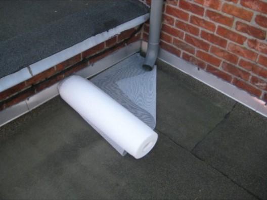 Włóknina wzmacniająca do dachu