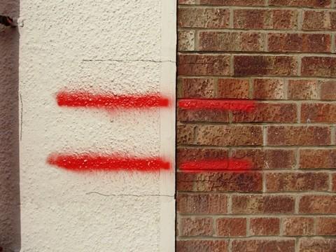 Farba przeciw graffiti plakatom