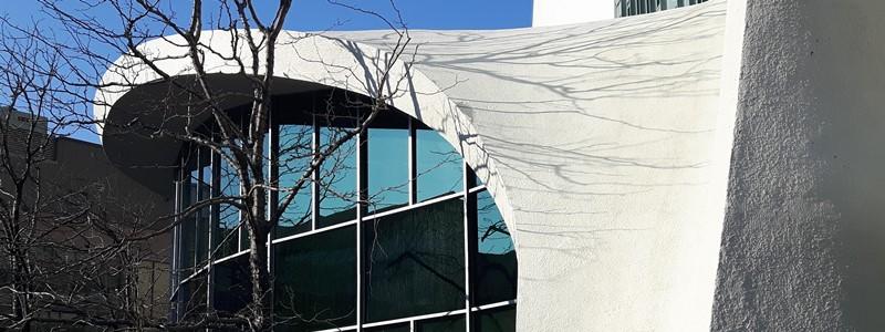Farba strukturalna do ścian, elewacji