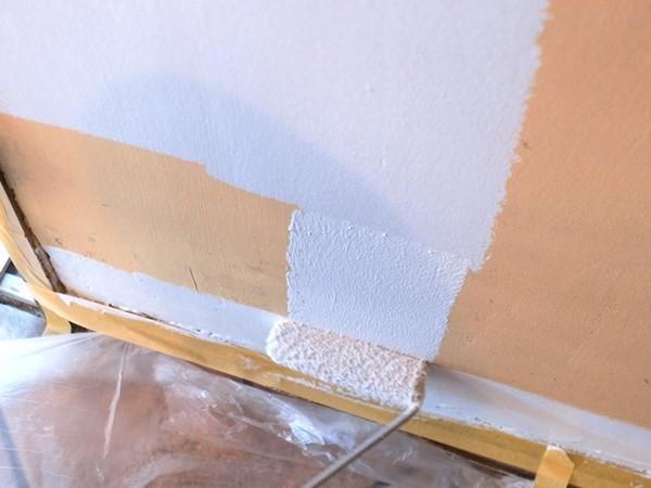 Aplikacja podkładu Shellac Prime-All - malowanie