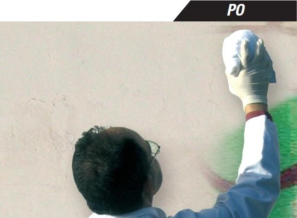 Środek do czyszczenia graffiti z murów, elewacji