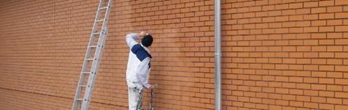 Preparaty do zabezpieczania elewacji przed graffiti