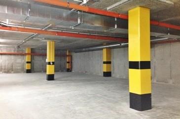 Farba do malowania słupków betonowych