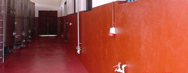 Farba do malowania zbiorników wodnych