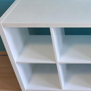 Biała farba o malowania mebli