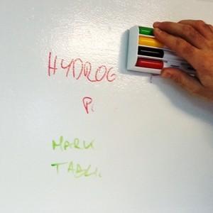 Farba tablicowa suchościeralna