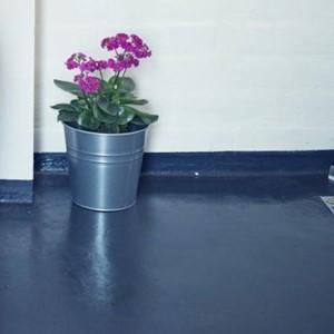 Farba na podłogę w łazience