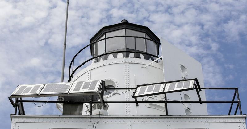 Monoguard RAL 9003 na latarni