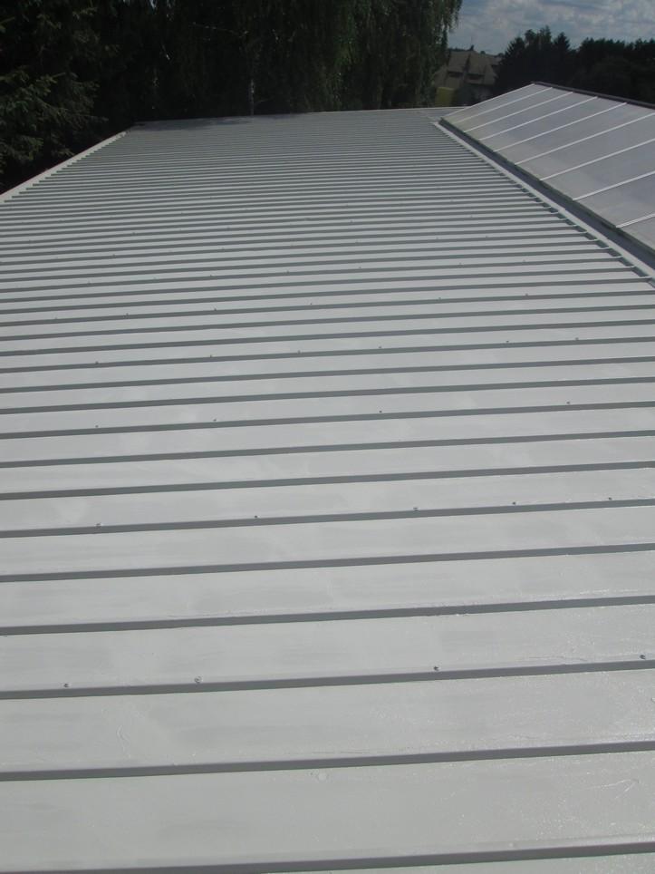 Preparat antykorozyjny, uszczelniający Elastometal RAL 7032 na dachu