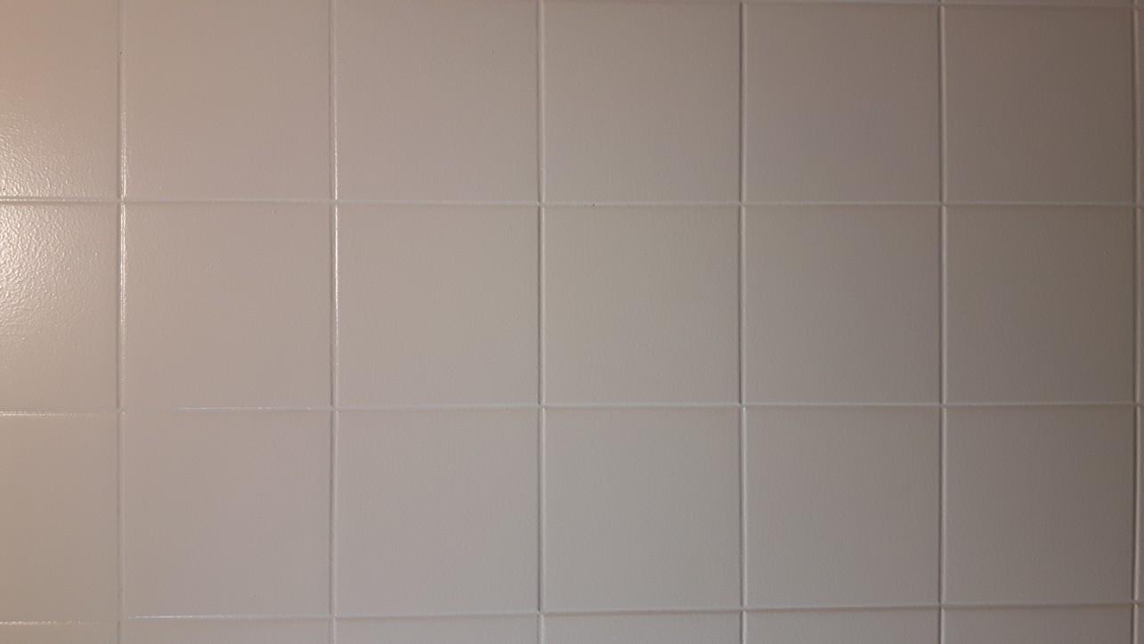 Farba do płytek ceramicznych Hydropox RAL 9010 na płytkach