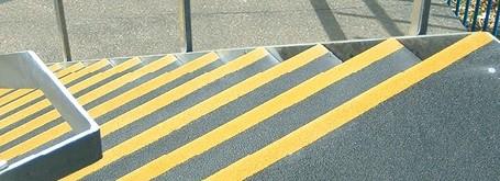 Panele antypoślizgowe Supergrip™ do zabezpieczania przejść, schodów itp.