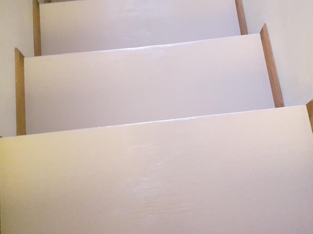 Farba do schodów, klatek schodowych