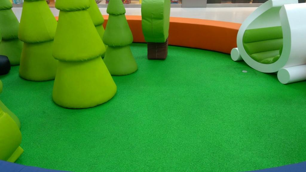 Farba na podłogi z tworzyw sztucznych