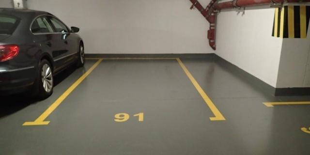 Jak pomalować posadzkę w garażu?