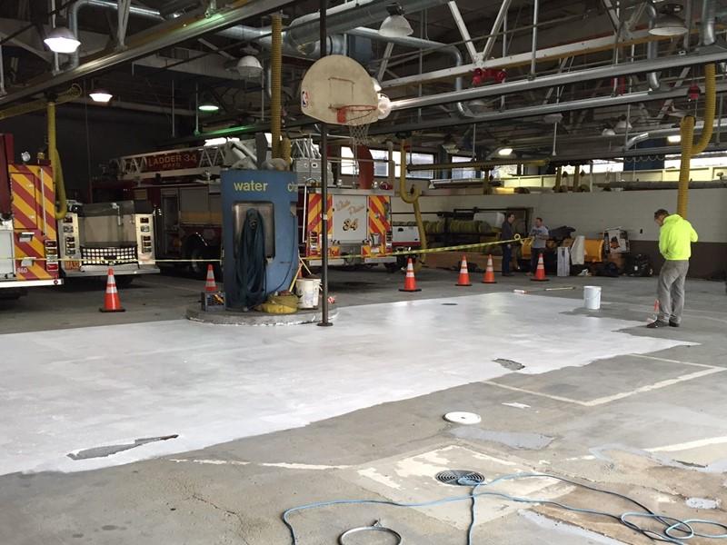 Renowacja garażu - malowanie