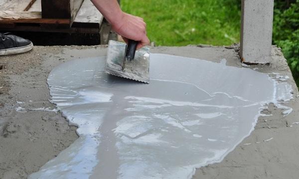 Mineralna zaprawa naprawcza Floor Repair