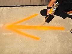 Spray znakujący powierzchnie