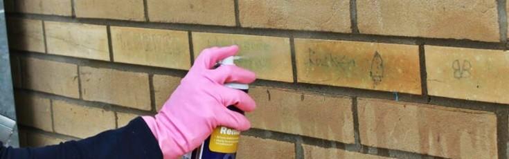 Usuwanie graffiti spray
