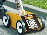 Wózek do malowania linii sprayem