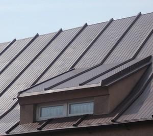 Malowanie dachu RAL 8017 Ciemna czekolada