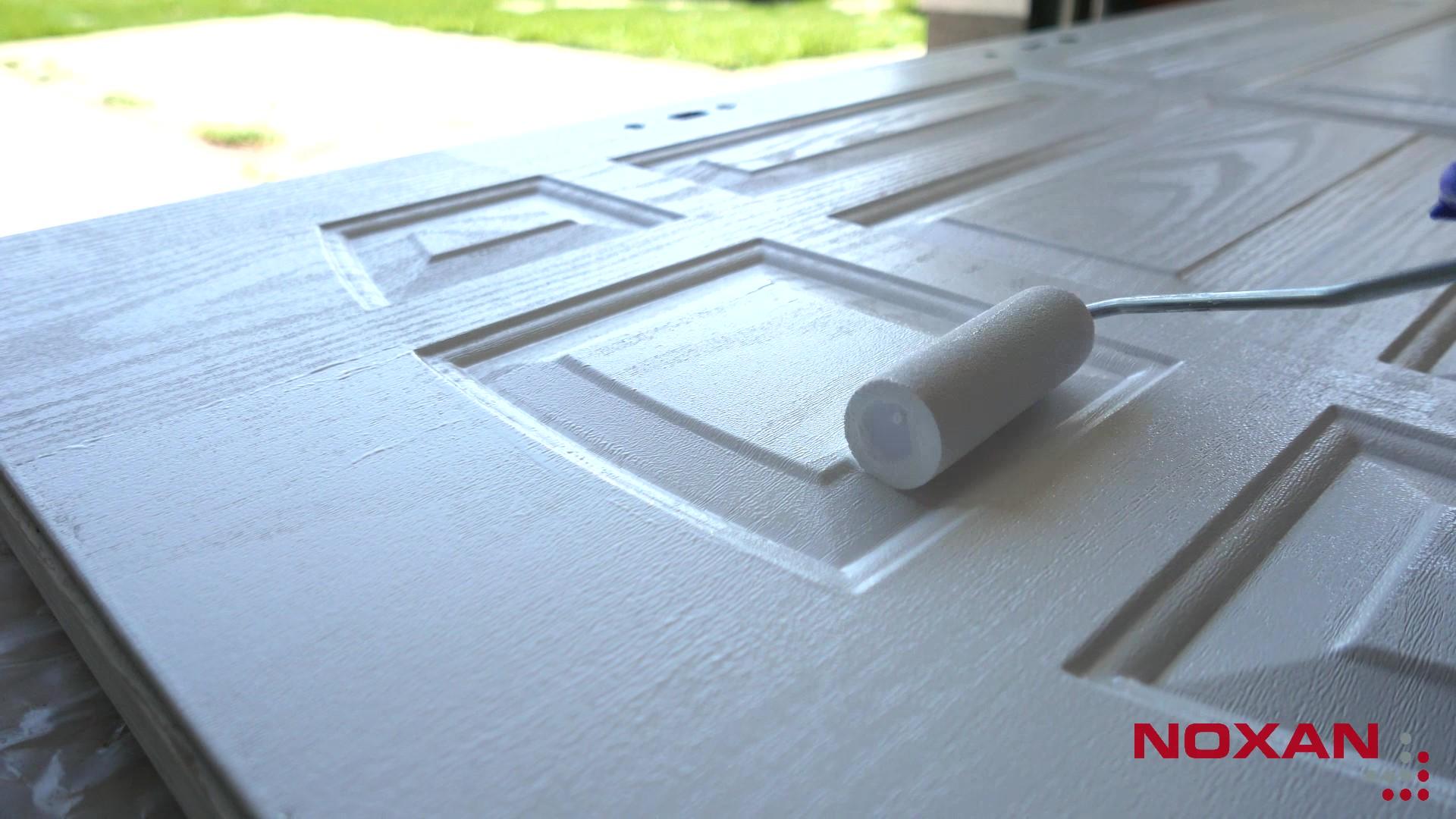 Malowanie szafek z efektem niepełnego krycia
